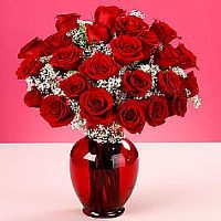 red vase and red roses form turkey